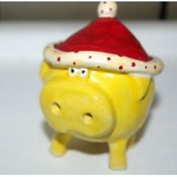Glücksschwein mit roter Mütze